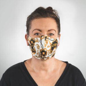 Mundmaske mit weiß gold schwarzes Barockmuster Vorderansicht