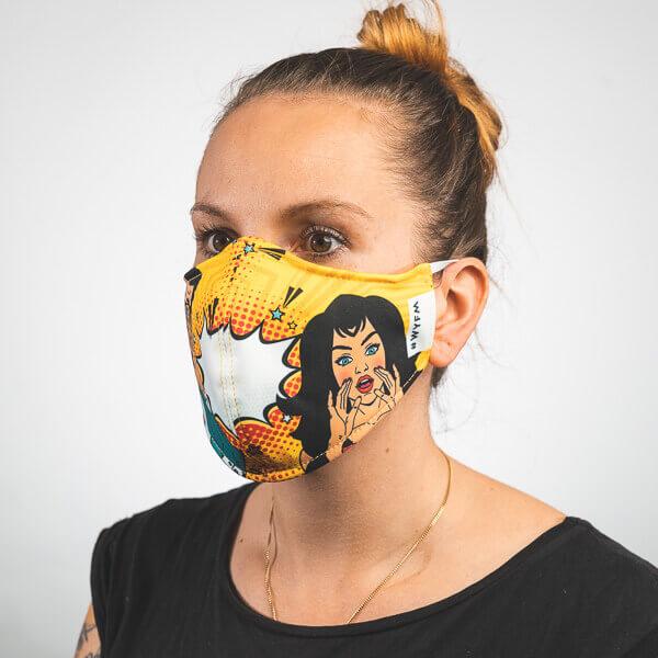 Mundmaske mit pop art sprechblase mann und frau Seitenansicht rechts