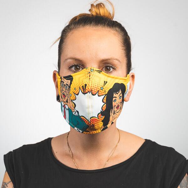 Mundmaske mit pop art sprechblase mann und frau Vorderansicht