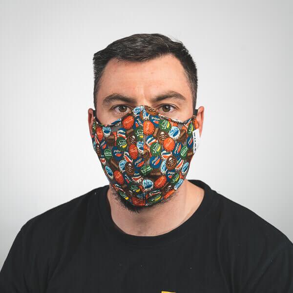 Mundmaske mit pop art kronkorken fake marken Vorderansicht